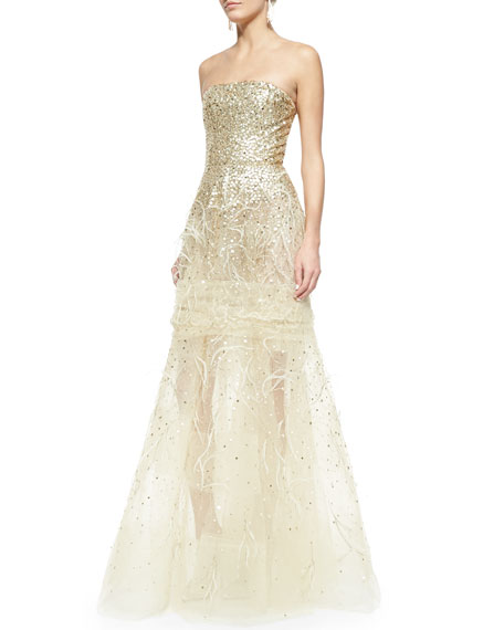 Oscar By De La A Strapless Sequined Feather Detailed Gown Gold