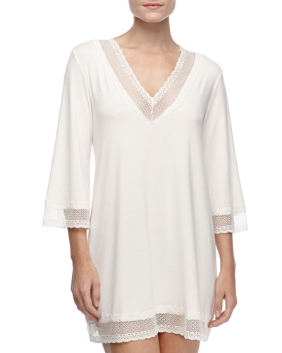 Gisele 3/4-Sleeve Lace-Trim Tunic