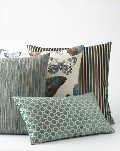 Avery Pillows