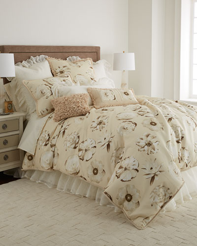 Sophisticated Bloom Bedding