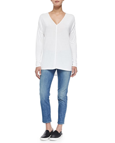 Satin-Back Lightweight Knit Top & Mason Slim Cropped Jeans