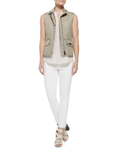 Lightweight Quilted Cutaway-Hem Vest, Sleeveless Hammered-Texture Blouse & Zip-Pocket Skinny Jeans