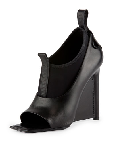 Neoprene and Leather Wedge Sandal, Noir