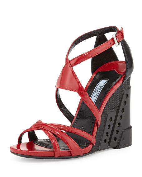 0d8203b36f Bi-Color Crisscross Molded Wedge Sandal Red/Black (Scarlatto/Nero)