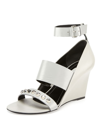 Studded Wedge Sandal, Gris Perle
