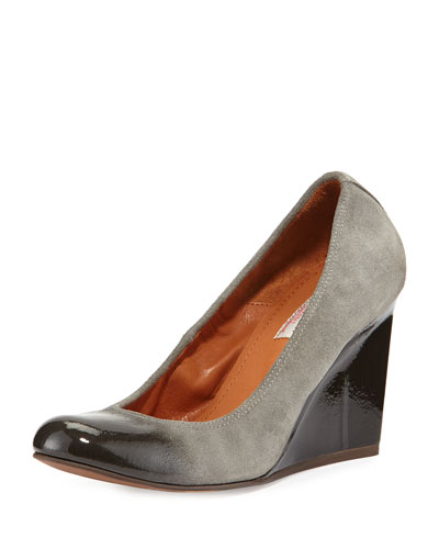 Patent-Trimmed Suede Wedge Pump, Gray