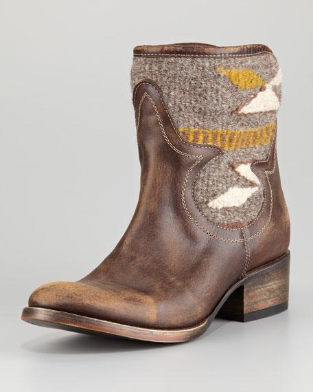 5410222dea3 Distressed Leather Caballero Boot