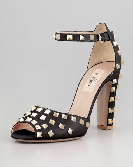 e4f5d8d9660c Valentino Rockstud Block-Heel Ankle-Wrap Sandal