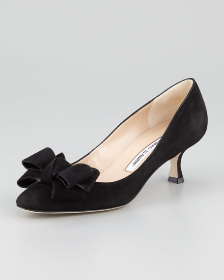 Manolo Blahnik Suede Bow Pumps clearance good selling recommend online outlet official site discount 2015 new HXJAkDy