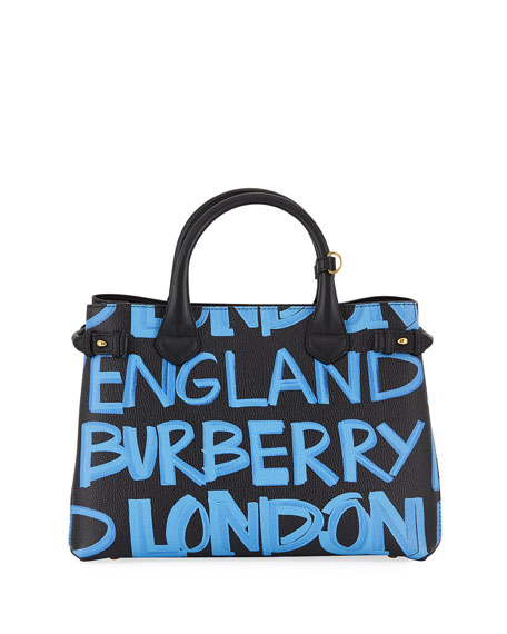The Medium Banner in Graffiti Print Leather - Black Burberry rShsSf