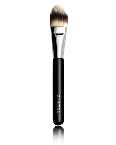 <b>PINCEAU FOND DE TEINT</b><br>Foundation Brush #6