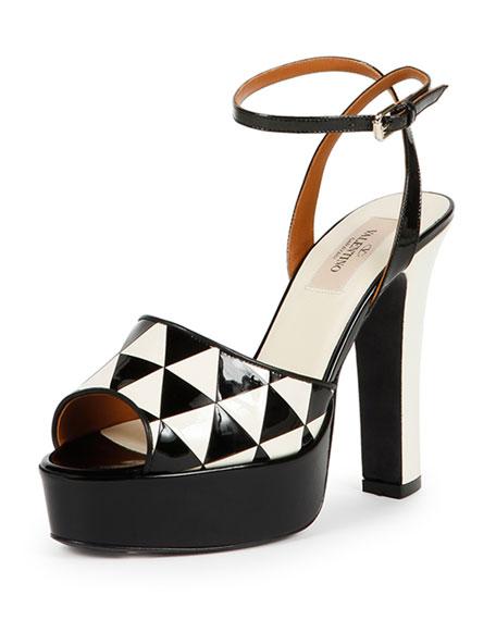 Valentino Garavani Shiny Fever patent leather sandals OsNMRAV