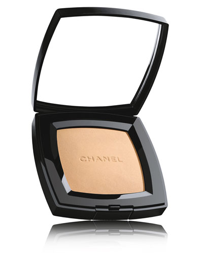 <b>POUDRE UNIVERSELLE COMPACTE</b><br>Natural Finish Pressed Powder