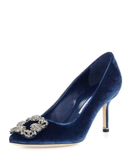 Manolo Blahnik Velvet Embellished Pumps buy cheap visa payment quality free shipping outlet cheap authentic buy cheap outlet store buy cheap amazing price DzjvoHa