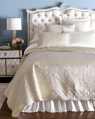 Luxury Quilts Amp Coverlets At Neiman Marcus