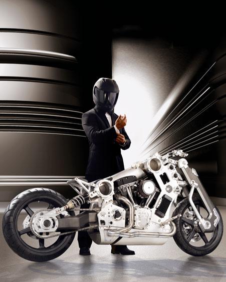 une moto à 110 000 $ ça vous dis ? NMO3594_mp