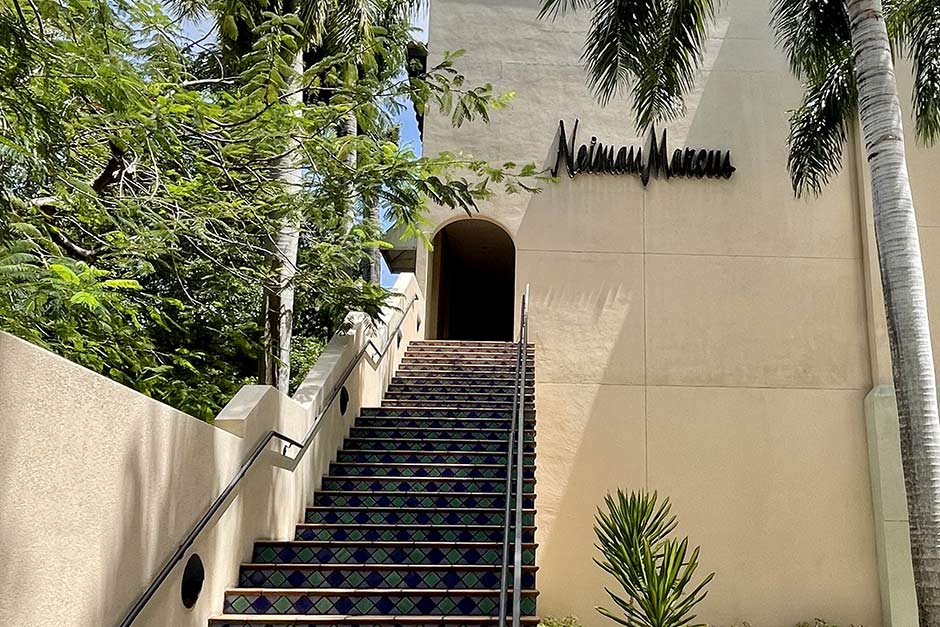 Neiman Marcus Wedding Gifts: Neiman Marcus Coral Gables In Coral Gables, FL
