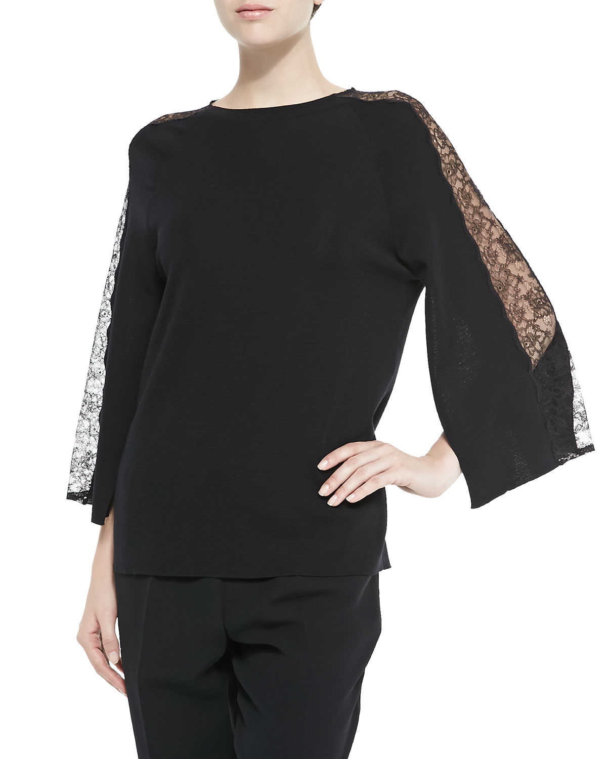TUNIC WITH CHANTILLY LACE PA