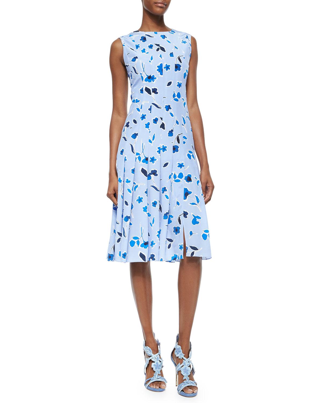 Falling Tulip-Print Pleated Dress
