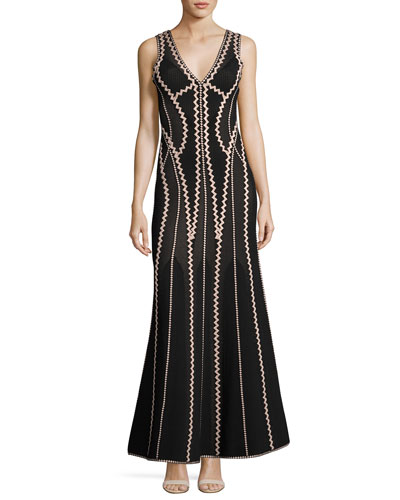 Lineisey Zigzag Pointelle Mermaid Gown, Black/Bare Pink