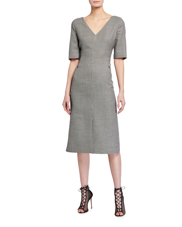 Twill 1/2-Sleeve V-Neck Dress
