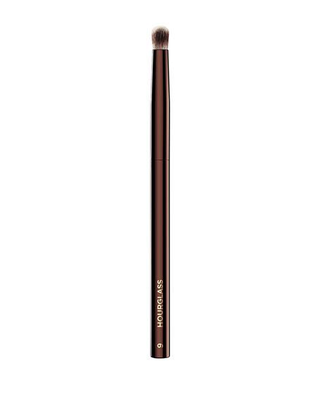 Hourglass Cosmetics No. 9 Domed Shadow Brush