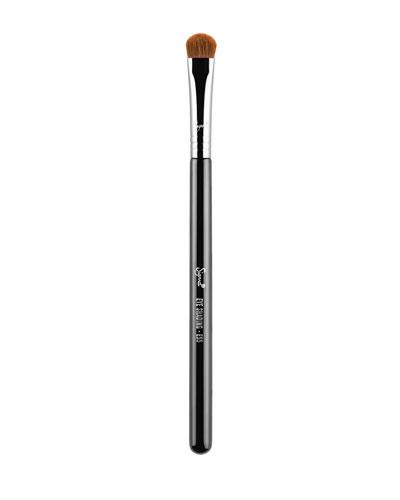 E55 – Eye Shading Brush