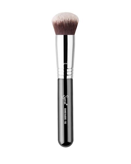 Sigma Beauty F82 – Round Kabuki™ Brush