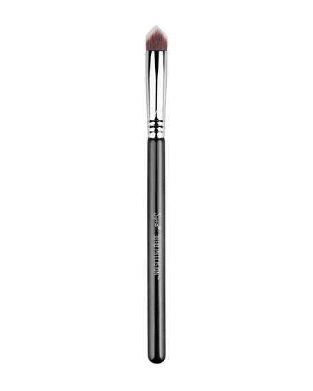 Sigma Beauty 3DHD&#174 – Precision Brush, Black