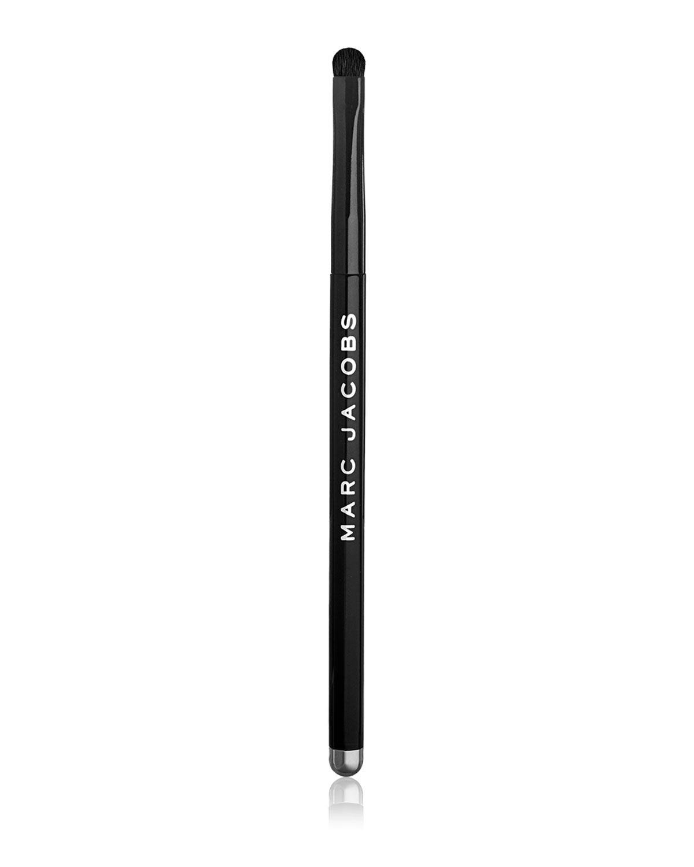 The Smudge Eyeshadow Brush