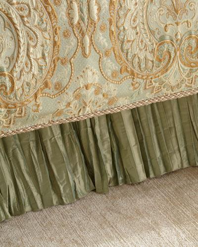 King Petit Trianon Dust Skirt