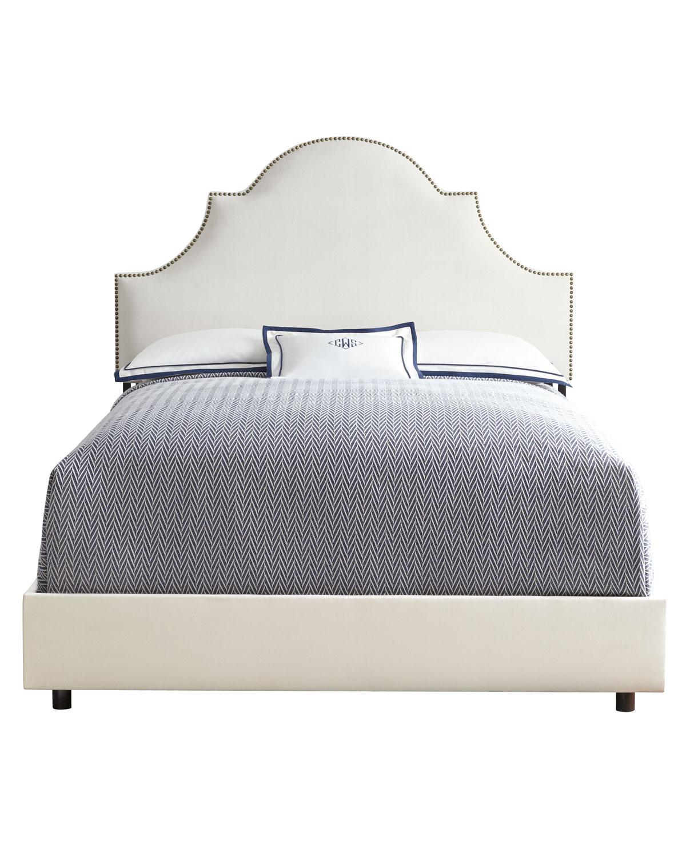 Cheresse Queen Bed