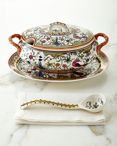 Pavoes Covered Tureen Set