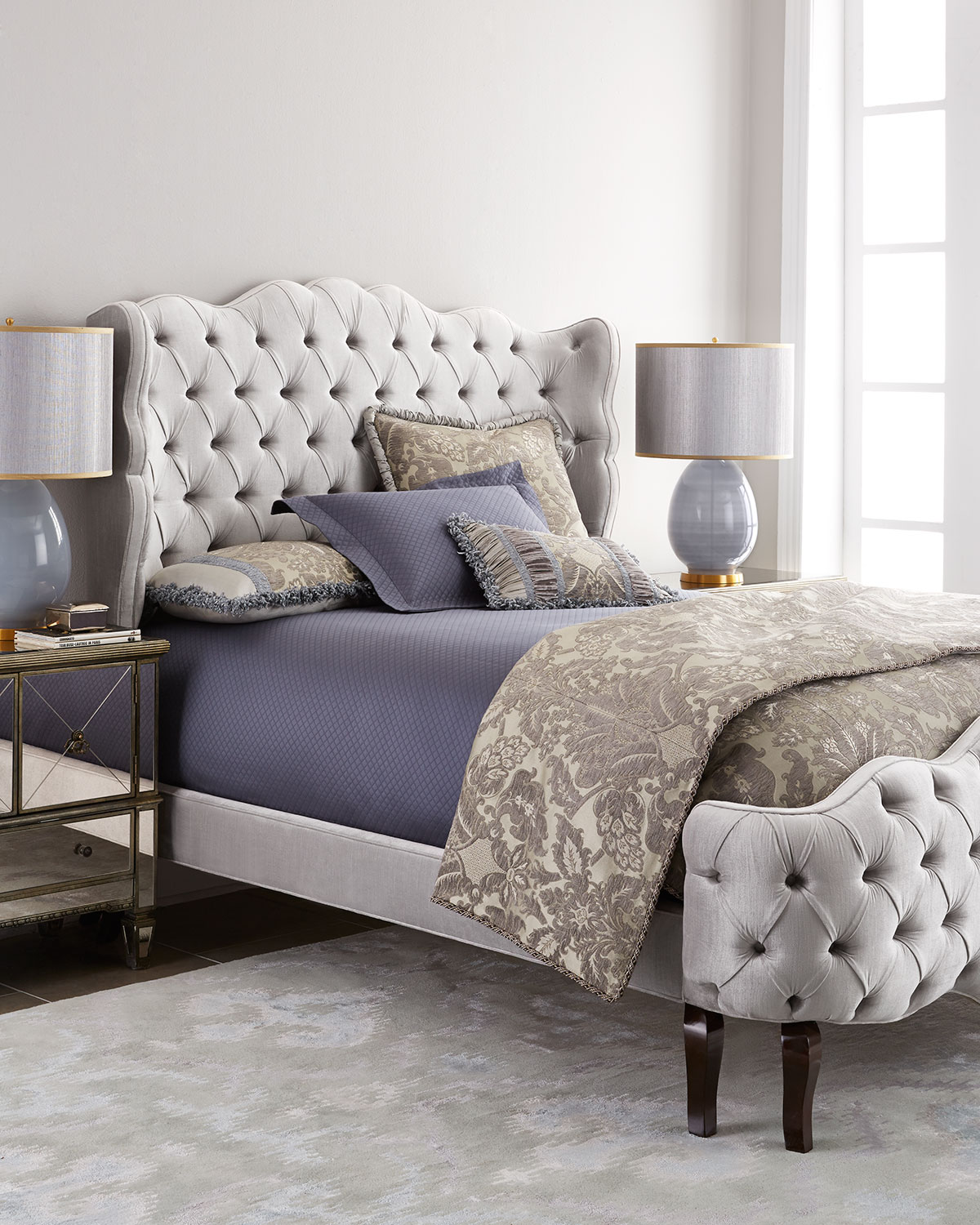 Pantages Queen Tufted Bed