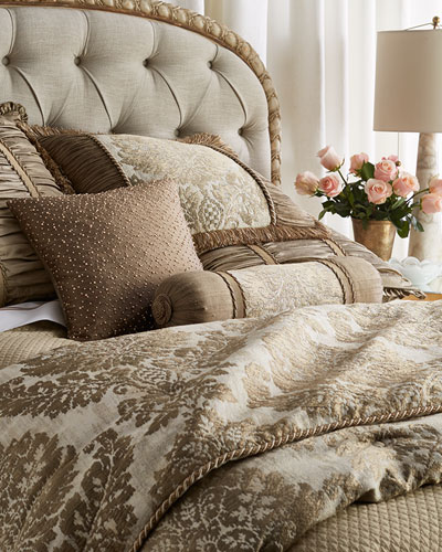 Queen Vienna Damask Comforter