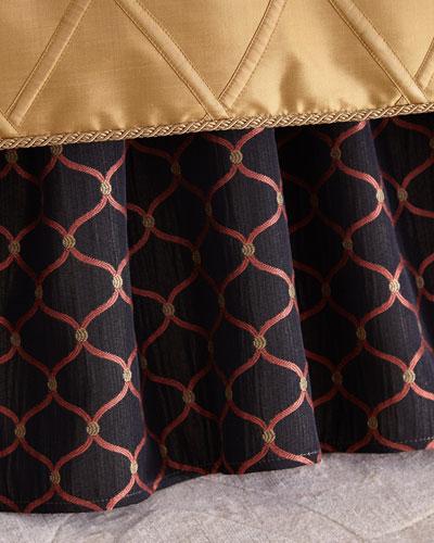 Queen Royale Ogee Dust Skirt