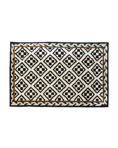 Courtyard Outdoor Rug, 2' x 3'