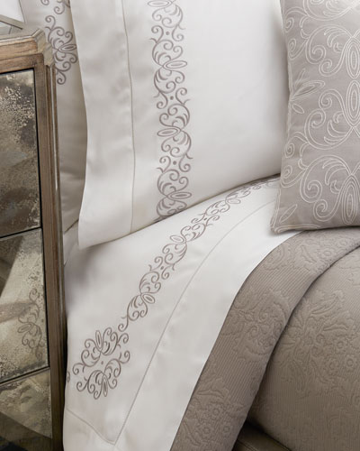 Queen Ardyn 400TC Embroidered Sheet Set