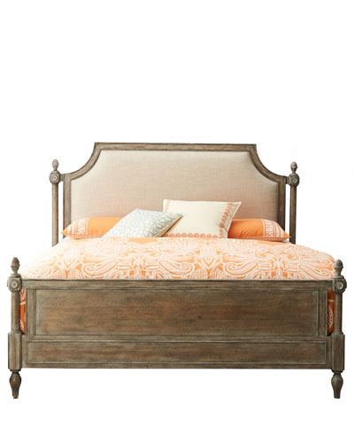 Cortina Queen Poster Bed