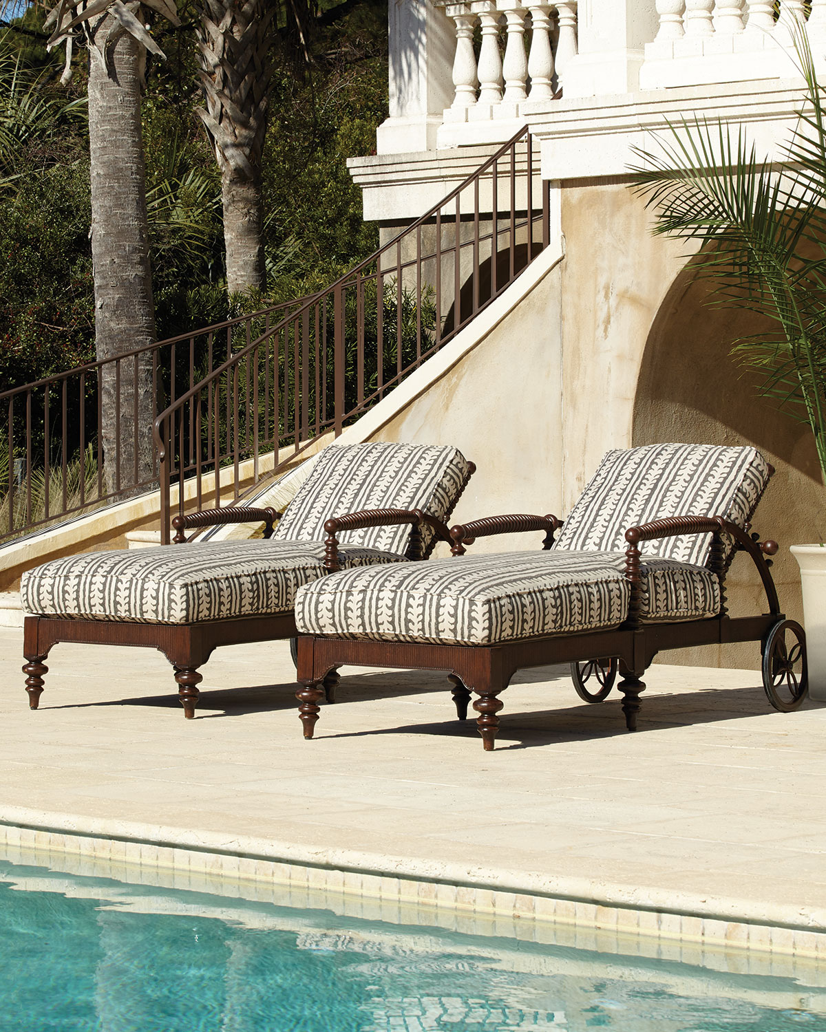 Hemingway Outdoor Morris Chaise