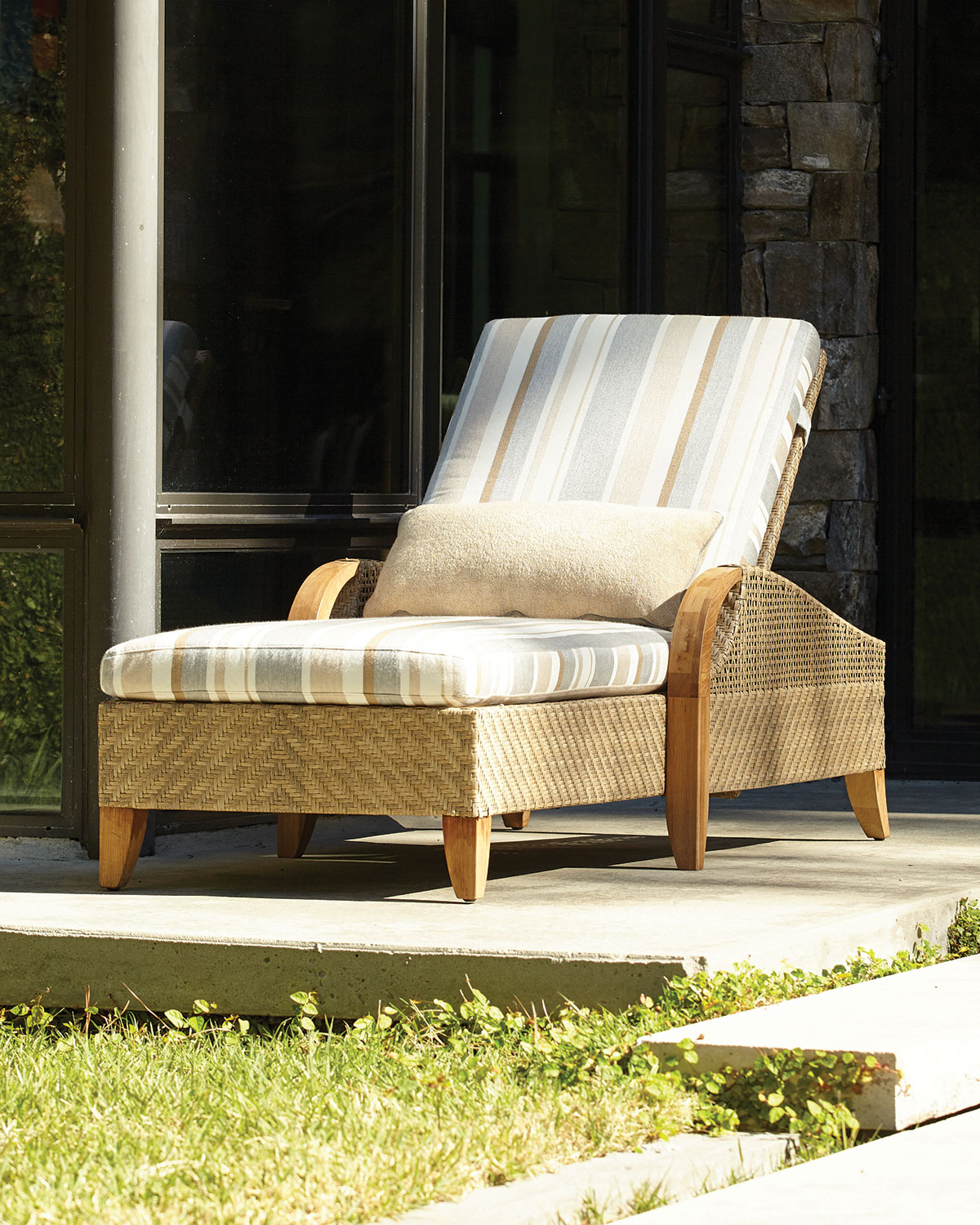Edgewood Outdoor Chaise