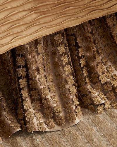 Queen Windsor Dust Skirt