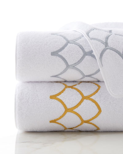 Lessa Bath Towel