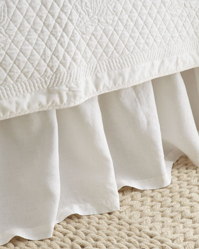 GATHERED QUEEN BED SKIRT