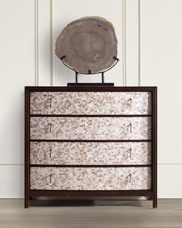 Hooker Furniture Melania Mosaic 4-drawer Chest