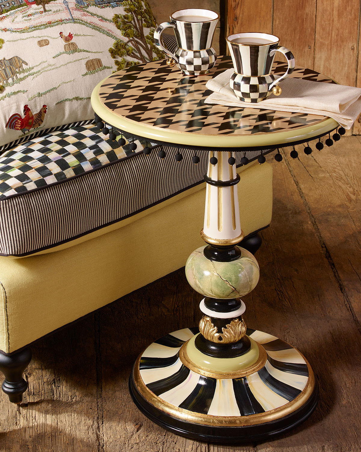 Houndstooth Table