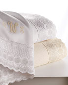 Queen Marcus Collection 400 Thread-Count Lace-Trimmed Sheet Set