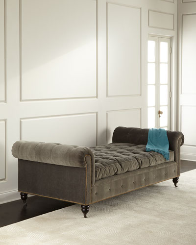 QUEEN BEE TUFTED DAYBED