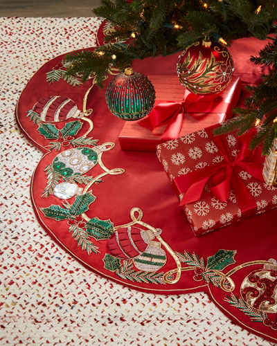 Kim Seybert Red & Green Collection Holiday Tidings Tree Skirt