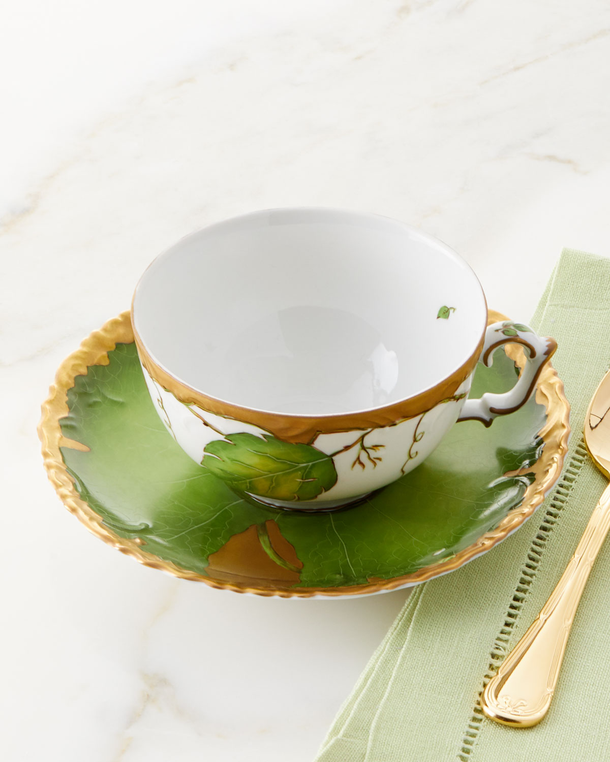 Anna Weatherley Drinkwares IVY GARLAND CUP AND SAUCER